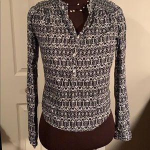 Aeropostale black and white half button up blouse